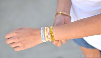 hair ties as bracelets